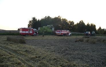 22. 08. 2010 - Bobrová (Šibínek) - požár kombajnu