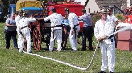 120 let SDH Bobrová