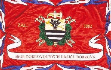 Prapor našeho sboru - při příležitosti 140. výročí založení 1. hasičského sboru v republice obdržel