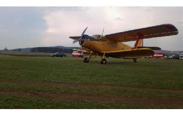 Výcvik plnění letadla Letecké hasičské služby vodou - 19. 4. 2012