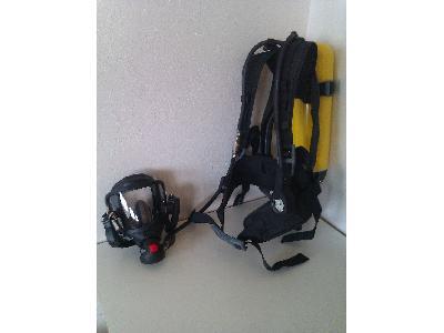 Dýchací přístroje Dräger PSS 3000 s vyváděcí maskou
